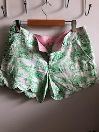 Lily Pulitzer buttercup Shorts  Toronto, M5R 2R8