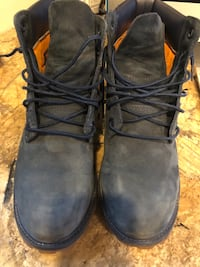 Timberland navy colored boots, US Men's 7, EUR 40, barely worn, VGC. Clayton, 63105