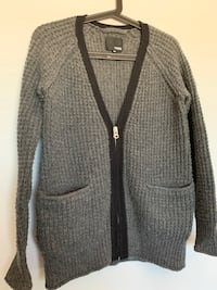 Wilfred free cardigan in size xsmall Calgary, T3K