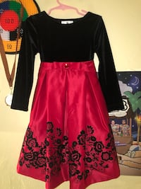 Girls black and red long-sleeved dress 913 mi
