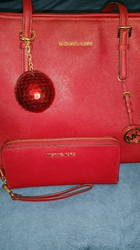 Michael kors red purse and wallet Corpus Christi, 78412