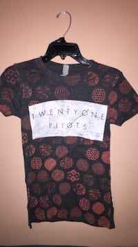 Twenty one pilots t shirt Richmond, V7E 4M5