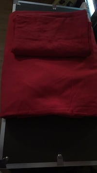 King Size Bed sheets Brand New , N0E 1Y0