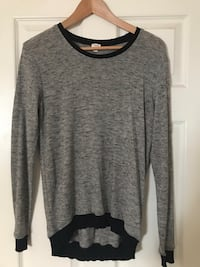 Wilfred from Aritzia Sweater (size XSmall) Edmonton, T6R 3J1