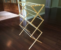 Foldable clothing rack