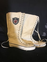 Cream juicy couture lace up boots size 8 Bridgeport, 19405