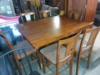 solid wood table with 6 chairs Hampton, 23661