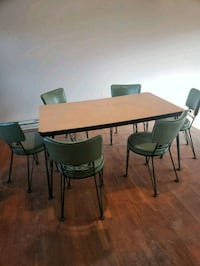 1 table and 6 chairs Ronkonkoma, 11779