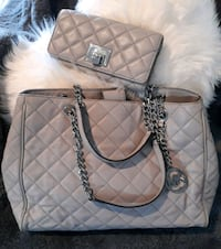 Authentic MK quilted Leather Tote & Wallet Sacramento, 95833