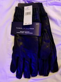 Tommy Hilfiger gloves Winnipeg, R2H 0V6