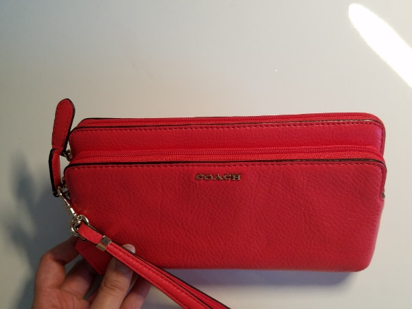 New Coach Double Zip Leather Wristlet  a91c4412-2663-4db3-b109-c4685a9ed466