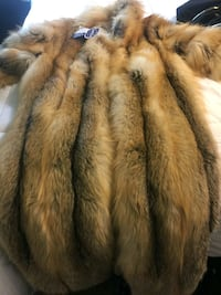 Saga Fox fur jacket BNWT worth 12.500$