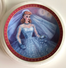 Barbie bride to be plate