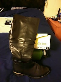 unpaired black leather riding boot Covina, 91724