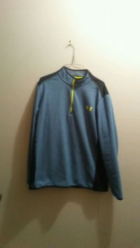 Mens xl loose under armour 1/4 zip sweater Edmonton, T5E