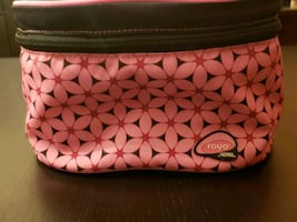 Bright pink Insulated lunch box