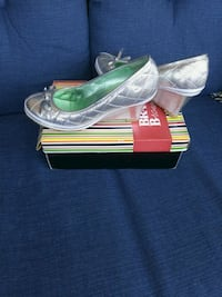 Bravo Browns shoes size 9( fits 8) Toronto, M2M 4B9