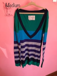 blue and black striped scoop-neck sweater Colorado Springs, 80909