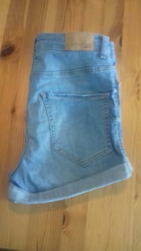 Perfect jeans gina tricot shorts  6399 km