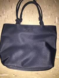 Esprit Handbag  New York, 11106