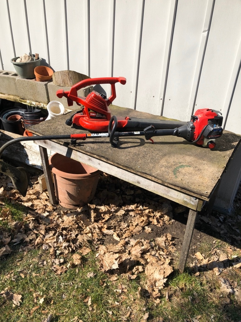 Photo Toro electric leave blower and a troy built weed eater gas