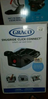 graco snugride click connect carseat base North Brunswick Township
