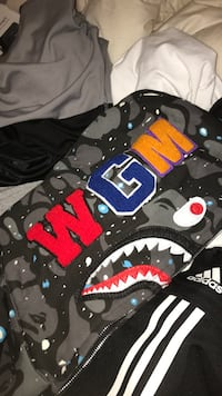 Bape shark hoodie size xl but fits more large or medium  Victoria, V8S 1C4