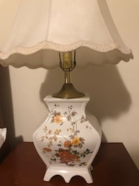 Two table lamps $20 each  伊尼斯菲尔, L9S