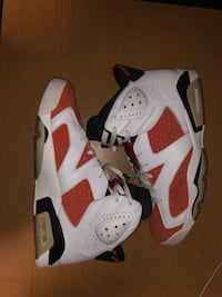 pair of white-and-red Air Jordan shoes Fallbrook, 92672