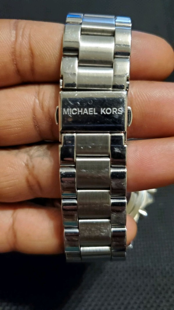 Michael Kors Women's Watch  28c1f0f2-e60b-4801-b579-9485a9333c09