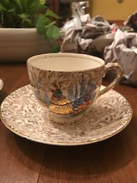 Empire England CRINOLINE teacup set. I have a set of 6 if interested in purchasing more. East Hartford, 06118
