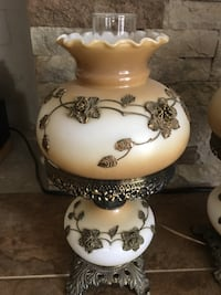"""Pair of antique lamps no cracks or chips. 16""""tall Menifee, 92586"""