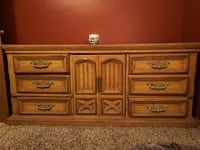 Bed room set. King size bed New Port Richey, 34654