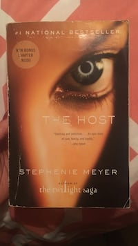 The Host by Stephenie Meyer book