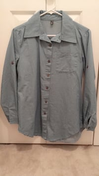 gray dress shirt with chest pouch White Rock, V4B 2L6