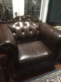 Couch set leather  Vancouver, V5X 4C9