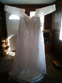 womens fancy white wedding dress size 20 with long