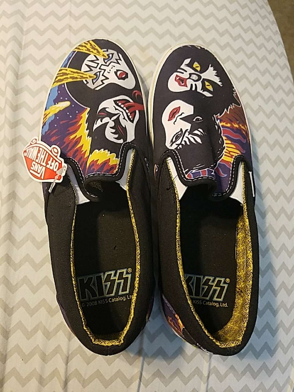 d6c4715b4f Used KISS VANS for sale in San Marcos - letgo