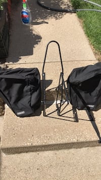 Blackburn bike rack &    2 Trailwind  pannier bags Milwaukee, 53207