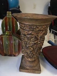 green and brown ceramic vase Knoxville, 37922