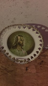 round white Jesus Chirst printed decorative plate Fairview Heights, 62208