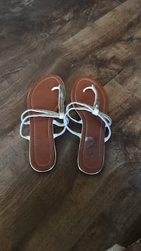 pair of brown leather sandals Murrells Inlet, 29576