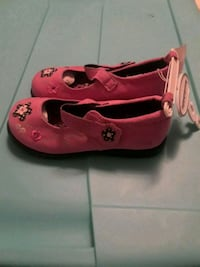 New girls shoes size 9 Los Angeles, 90066