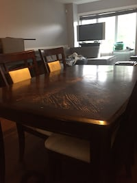 Brown wooden dining table set Laval, H7X 0A9