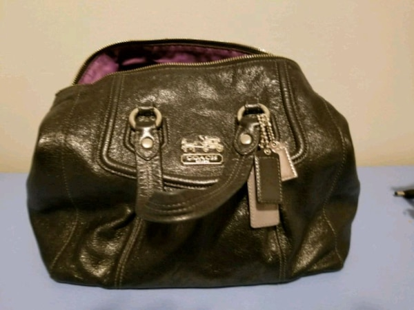 ab89a4c284b1f Used Brand new black Coach bag for sale in Calgary - letgo