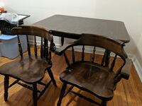 Dinning room table with two chairs Silver Spring, 20901