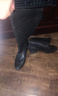 Mid high leather boots London, N6G 3L3