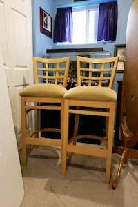 2 tan  ar stools lightly used  great condition  Abingdon, 21009