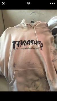 white and black Thrasher pullover hoodie Sparks, 89441