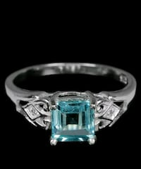 BRAND NEW Genuine blue topaz stering silver ring size 7